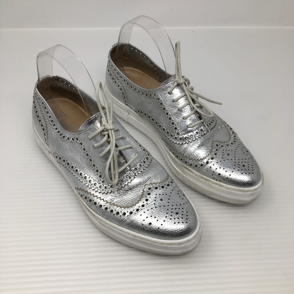 Shellys London Kimmie Perforated Leather Oxford Sneaker iUg6NJ